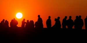 crowd-silhouette-at-sunrise