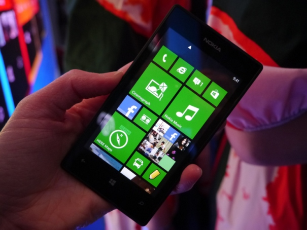 lumia-520-front-tiles-cp