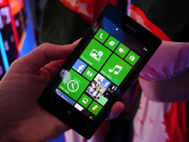 lumia-520-front-tiles-cp