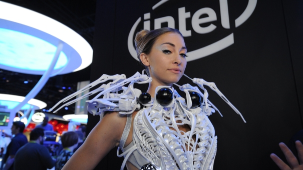 INTEL_CES2015_Dress_Lede